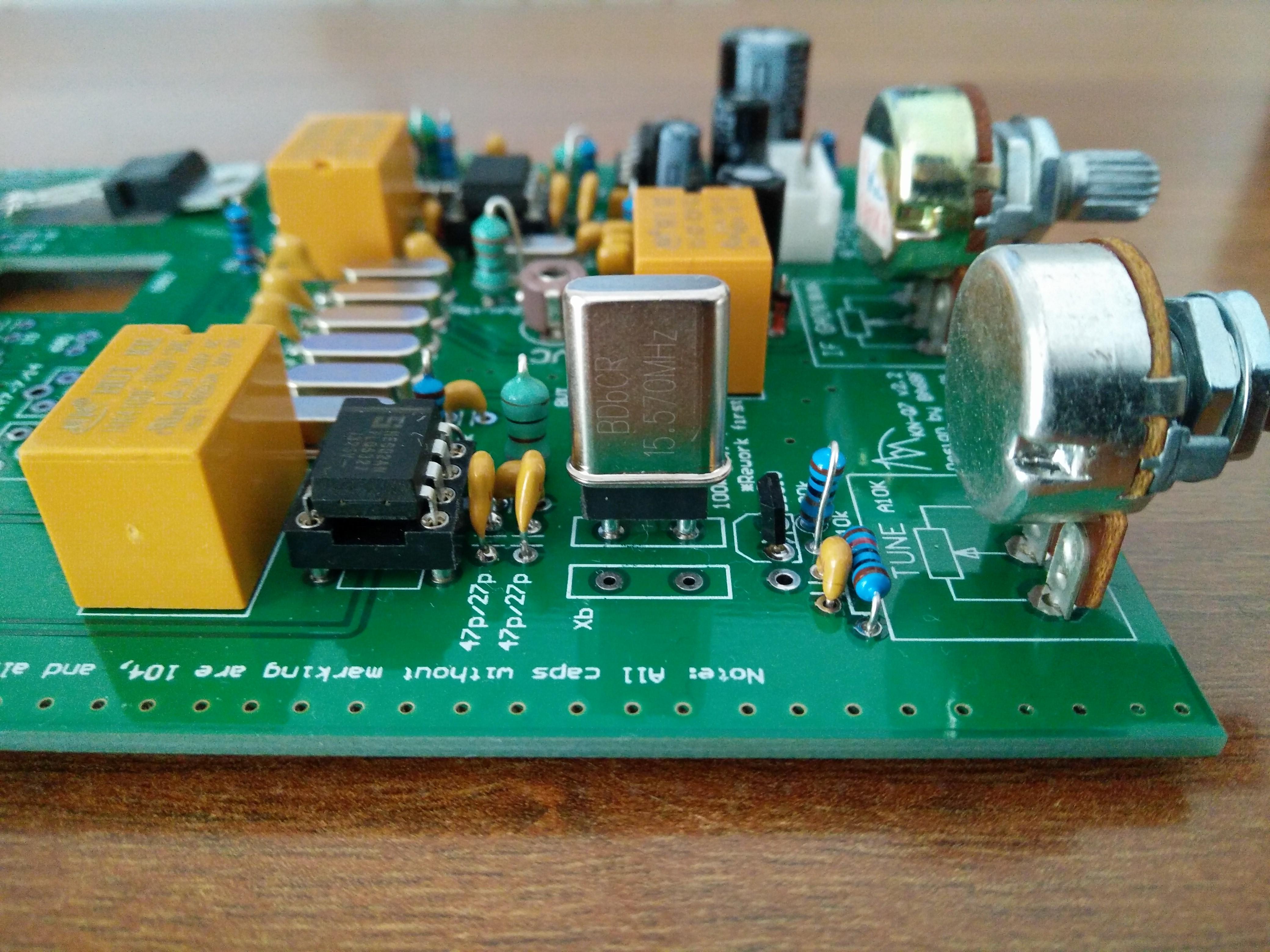KN-Q7A crystal socket
